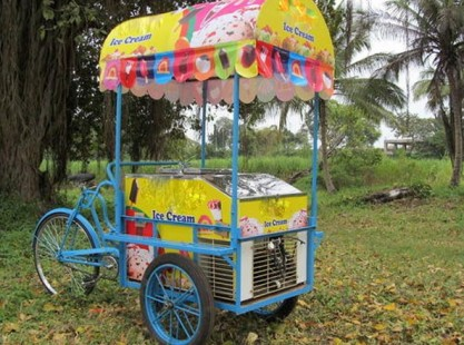 Ice Cream Cart With Canopy - Battery Operated