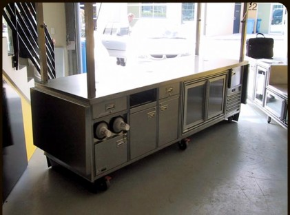 Large Coffee Cart Rear (closed)